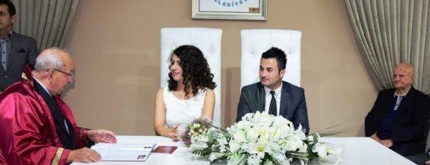 Başkan Albayrak Aytaç ve Hilal Çiftinin Nikahını Kıydı