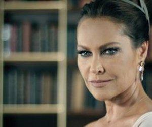 Hülya Avşar Hayatının Filmini Çekecek