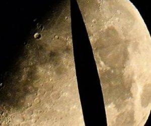 Ay'da 50 Kilometrelik Mağara Buldundu