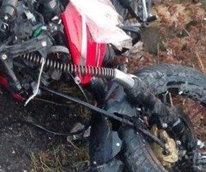 Otomobil İle Çarpışan Motosikletli Öldü
