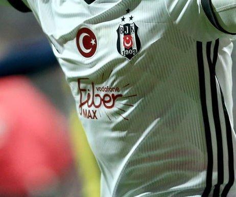 Beşiktaş, 2 Yıldızını Satıyor