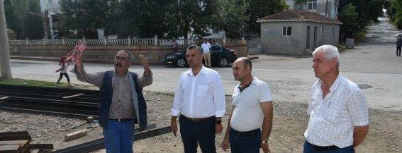 Malkara Belediye Başkanı Ulaş Yurdakul Dolaşmadık Mahalle Bırakmıyor