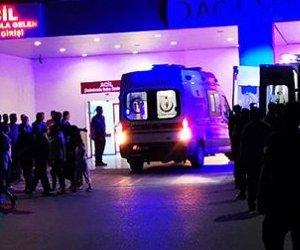 İzmir`de Yıldırım Düştü: 2 Ölü