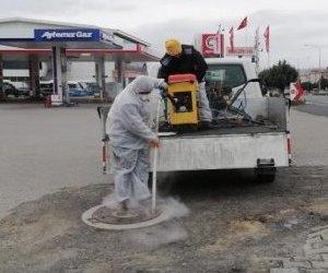 Kanalizasyon Hatlarında İlaçlama Yapılıyor